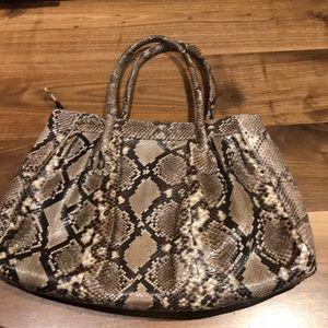 Snakeskin purse amazing quality no blemishes style